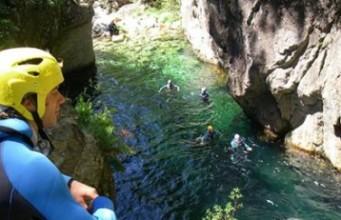 Canyoning no Rio Teixeira